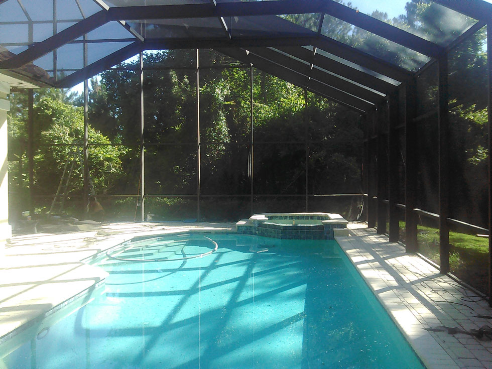 Multiple level construction with pool, spa, balcony - Jacksonville, FL